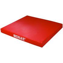 Мат гимнастический Senat из кожзаменителя 100*100 см (snt-1352-rd, красный)