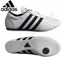 Обувь для тхэквондо Adidas степки SM2 (JWF2001, белые)